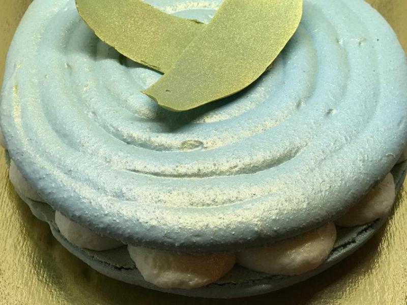 Szilveszteri pezsgős óriás macaron recept
