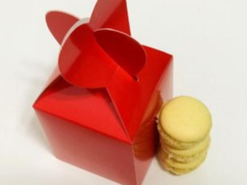 Macaron és egyéb gasztroajándék csomagolása kreatívan